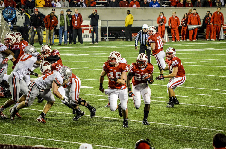 Madison-Camp-Randall-Badgers-Montee-Ball-Sweep4