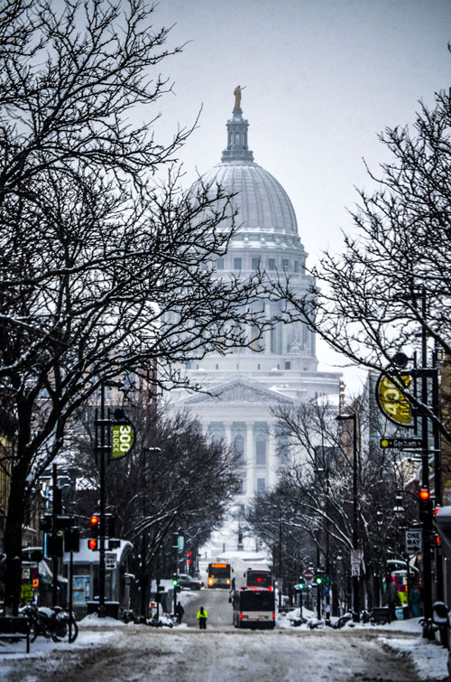 Madison-Capitol-From-State-Street-On-Snow-Day